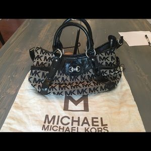 Michael Kors  sig tote satchel with long strap
